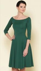 Сдержанное вечернее платье фирмы Stets