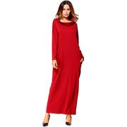 Платье большого размера красного цвета с горловиной