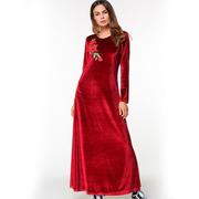 Длинное бордовое вельветовое платье с розой на груди