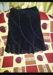 Юбка велюровая б/у ,  с подкладом,   в отличном состоянии,   44-46 размер